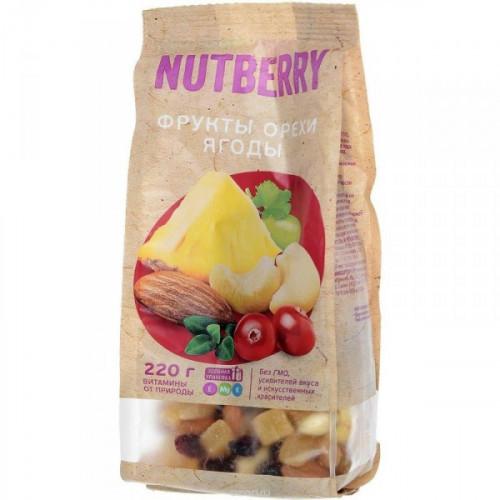Смесь орехов и сухофруктов NUTBERRY  220 грамм