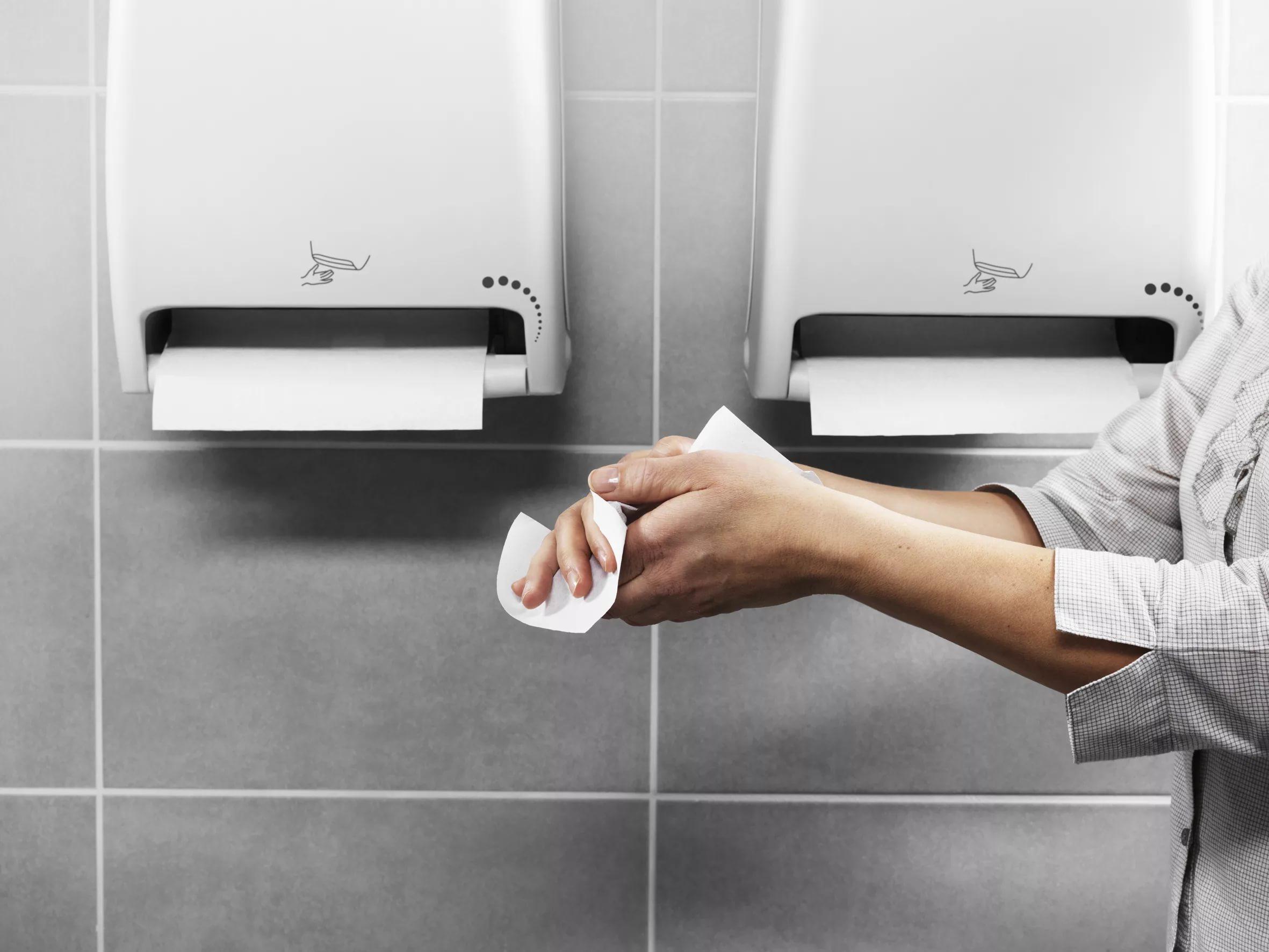 вытираем руки